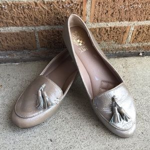 *Vince Camuto Flats | Size 6
